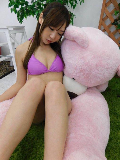 グラビアアイドル真田りなのTwitter自撮りエロ画像13