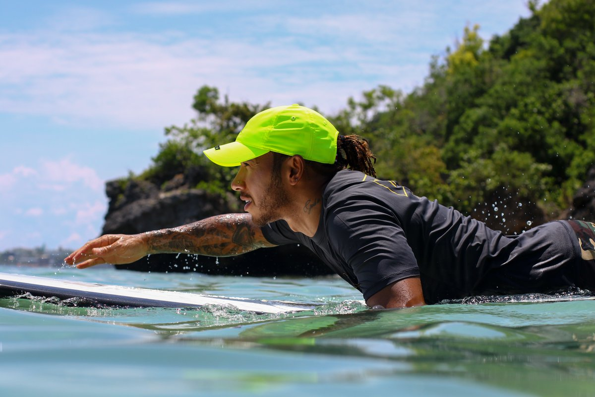 I've really found a love for surfing over the last few years. It's become one of my favourite sports next to sky diving. I want to encourage all of you out there to try that thing that youve always wanted. Most importantly, don't give up on it, stick to it and keep practicing 🏄🏾‍♂️