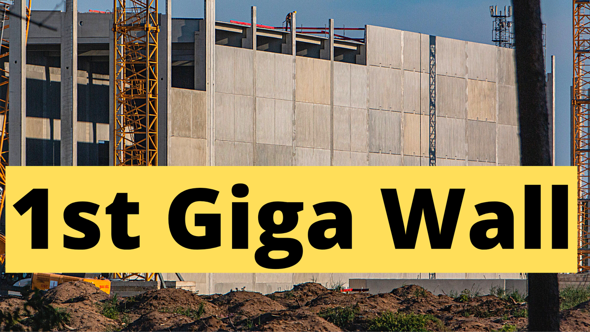 Watch the first prefabricated wall of Tesla Giga Berlin and August progress. https://t.co/zZsW2wDb9w - #Tesla #GigaBerlin https://t.co/GmHBVAjrFu