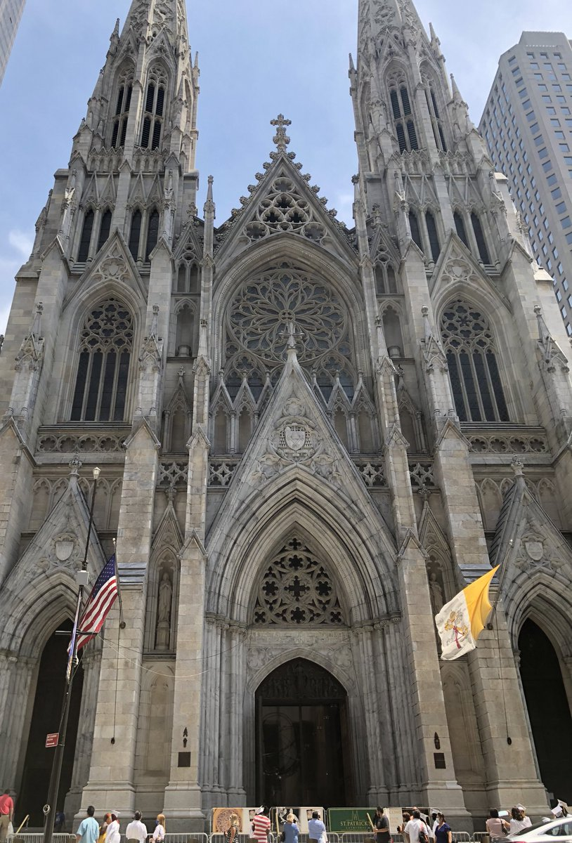 St. Patrick cathedral on Fifth Avenue, NYC is a beautiful Gothic-style building that doesn't fit the surrounding skyscrapers and fancy shops.  Share your pics of places that are a unique view in their area.  #unusual #unique pic.twitter.com/g6sCuyUmg2
