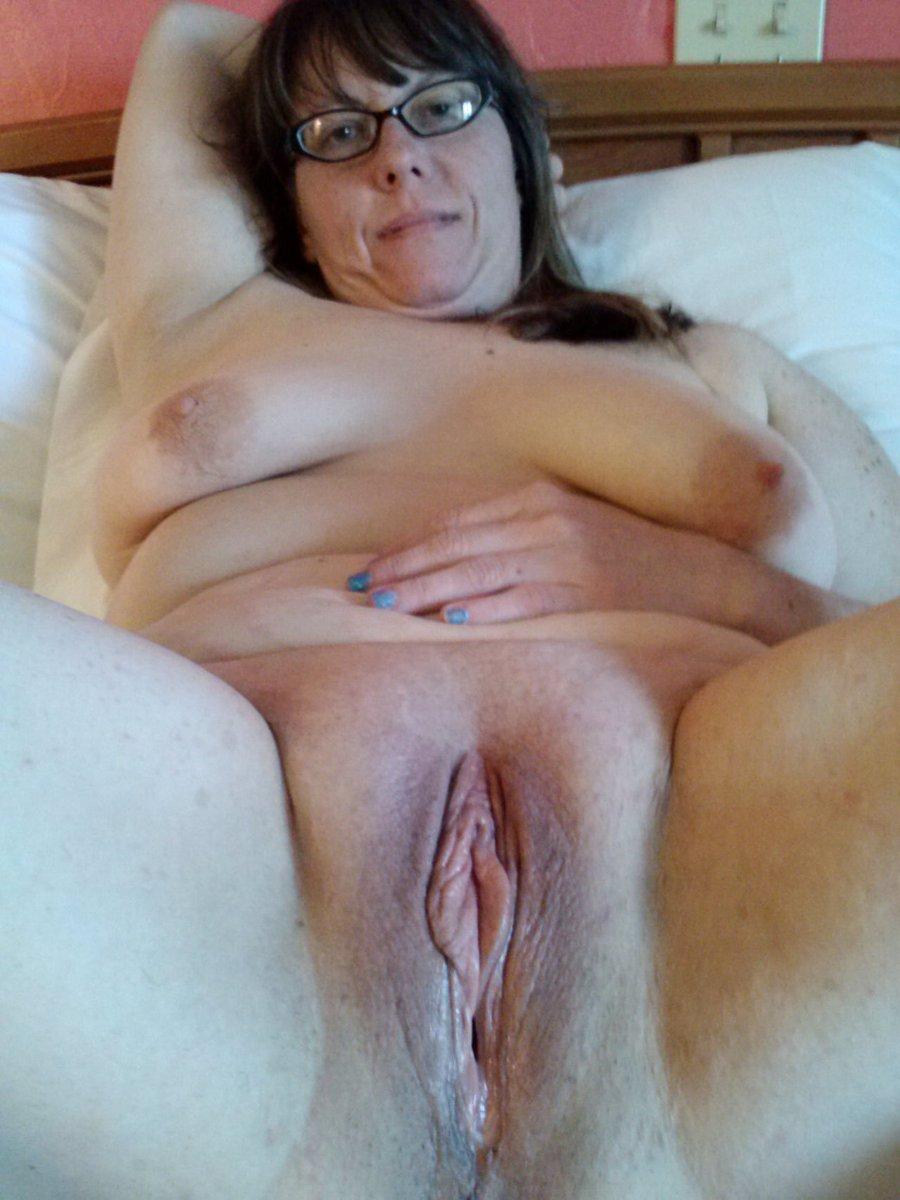 Mature black pussy pics