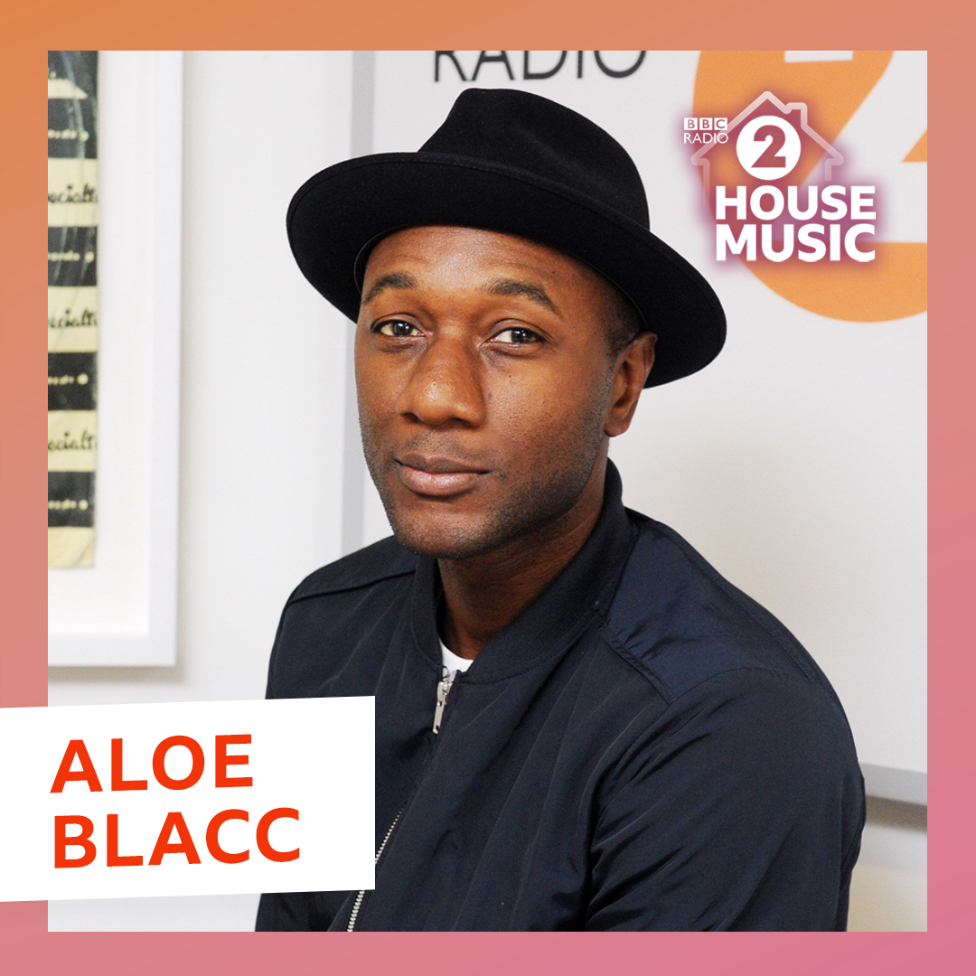 .@aloeblacc's music is all about 'AIM' - Affirmation, Inspiration, Motivation.  You can hear that coming through in his latest single 'My Way' - just one of the tracks he performed for @realkenbruce!  My Way ▶️ https://t.co/yEGQVGJN5O I Need A $ ▶️ https://t.co/kAY00tcX8X https://t.co/XXHxp4hj9q