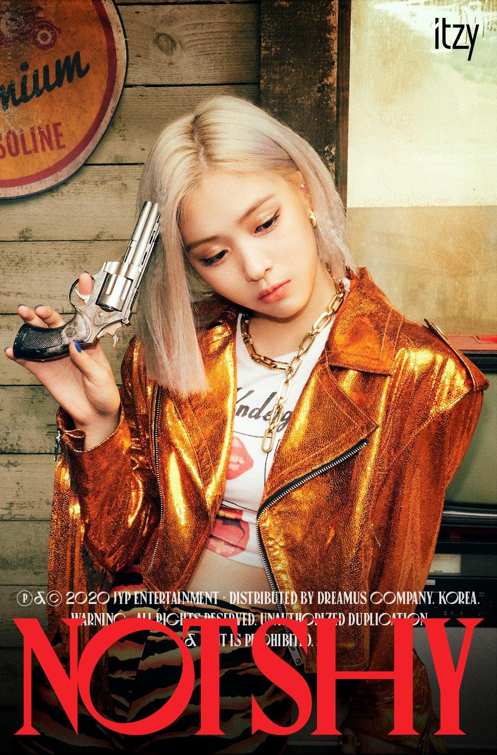 รยูจิน, ITZY 'NOT SHY' (2020)