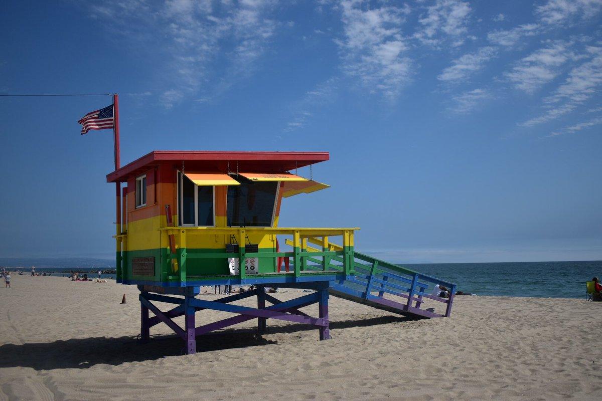 Venice Beach, Los Angeles, CA.  #venicebeach #losangeles #californiapic.twitter.com/rZQ11SG6Rn