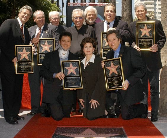 #OTD in '03 #Hollywood added our family's  to the #WalkOfFame. I'm lucky to call each one of these incredible people family. We were delighted to have #AndyWilliams with us that day — he was practically family & played an integral part in our family's show business beginnings.pic.twitter.com/xfsxVZjLii