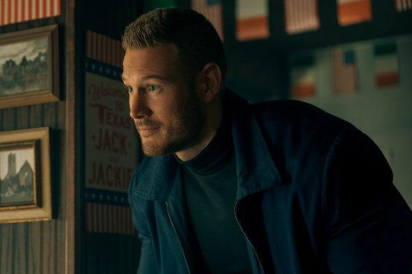 Tom Hopper on 'The Umbrella Academy' Season 2 and That Jaw-Dropping Cliffhanger - https://t.co/Ju73KYXXYG https://t.co/uRSjjlgois