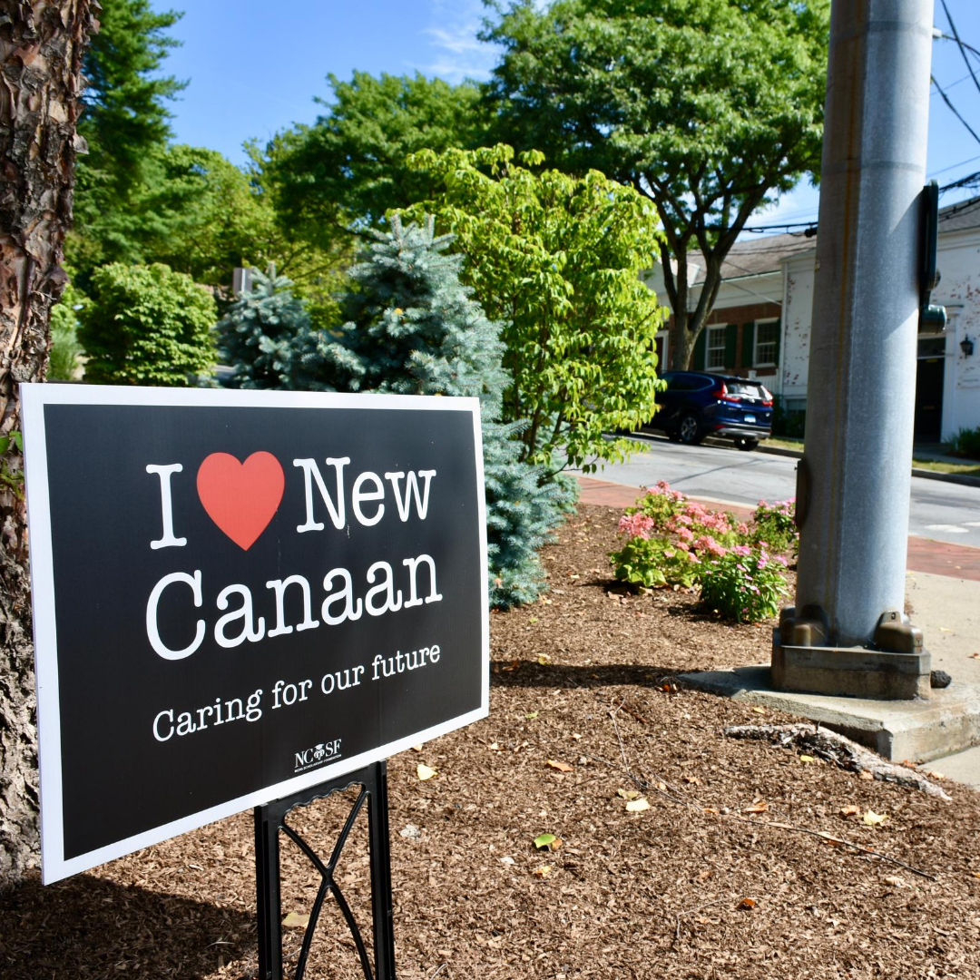 We want to know! What is your favorite part about living in New Canaan?  Drop us a comment.  _ #livenewcanaan #newcanaan #newcanaanct #fairfieldcounty #community #local #203local #supportlocal #southernct #newcanaanstrong #newcanaancarespic.twitter.com/MgAV20Zip8