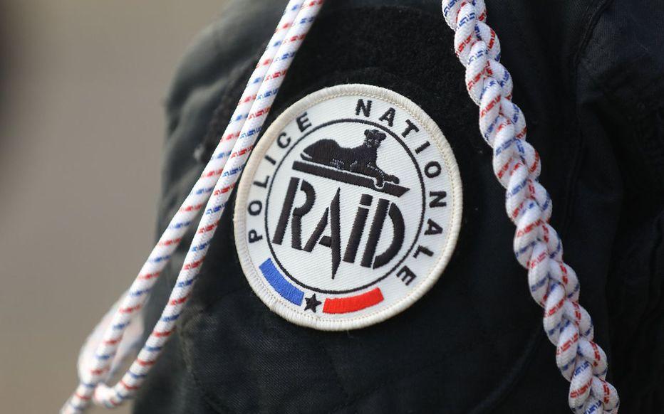 🔴 Prise d'otages en cours dans une banque du centre-ville du Havre > https://t.co/npmCddASRQ https://t.co/OdLxdyojfS