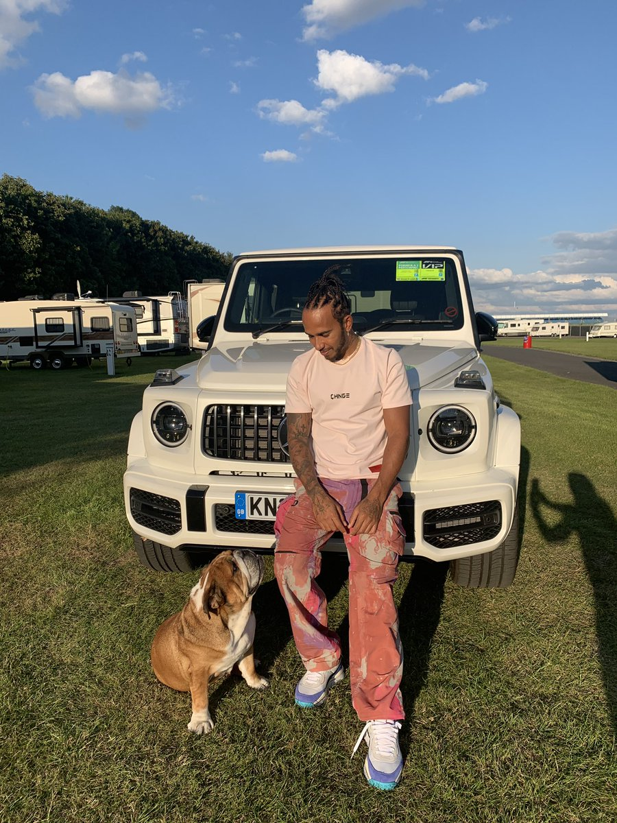 Stayed at Silverstone the past few days with Roscoe. I love this place. Not the same without you all here tho, but still have to count my blessings to have Roscoe with me. I hope you are all having a great week and staying positive. I'm sending you high vibrations 🙏🏾