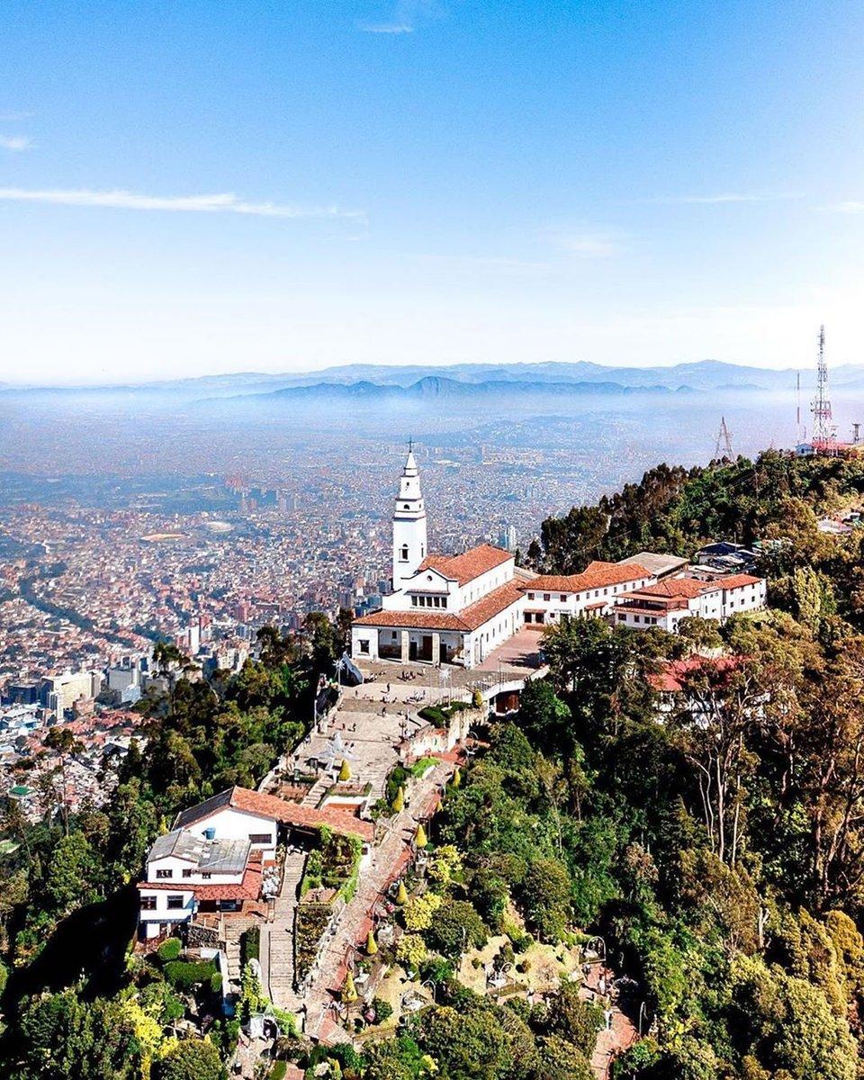 Feliz cumpleaños a la capital de Colombia, feliz cumpleaños Bogotá 💛❤️ https://t.co/zUg4hJlbf9