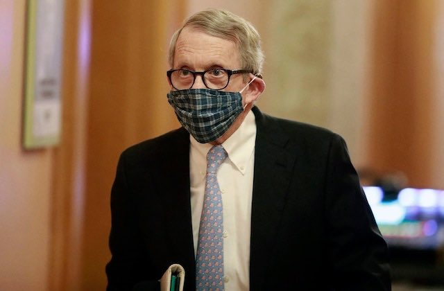 Ohio Governor Mike Dewine had a scheduled meeting with President Trump today, but just like everything he's done this year, Dewine cancelled this meeting due to COVID-19! 😂 PLOT TWIST, it's because Dewine just tested POSITIVE for COVID-19! Must've gotten through that mask! 😷