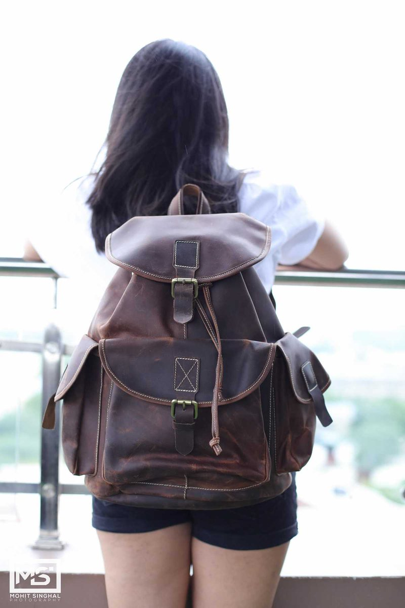 Dark Brown Leather Backpack  https://highonleather.com/collections/brown-leather-backpack/products/dark-brown-leather-backpack…  #lookbook #wiwt #whatiwore #whatiworetoday #ootdshare #outfit #clothes #wiw #mylookpic.twitter.com/SSlJErxj2z
