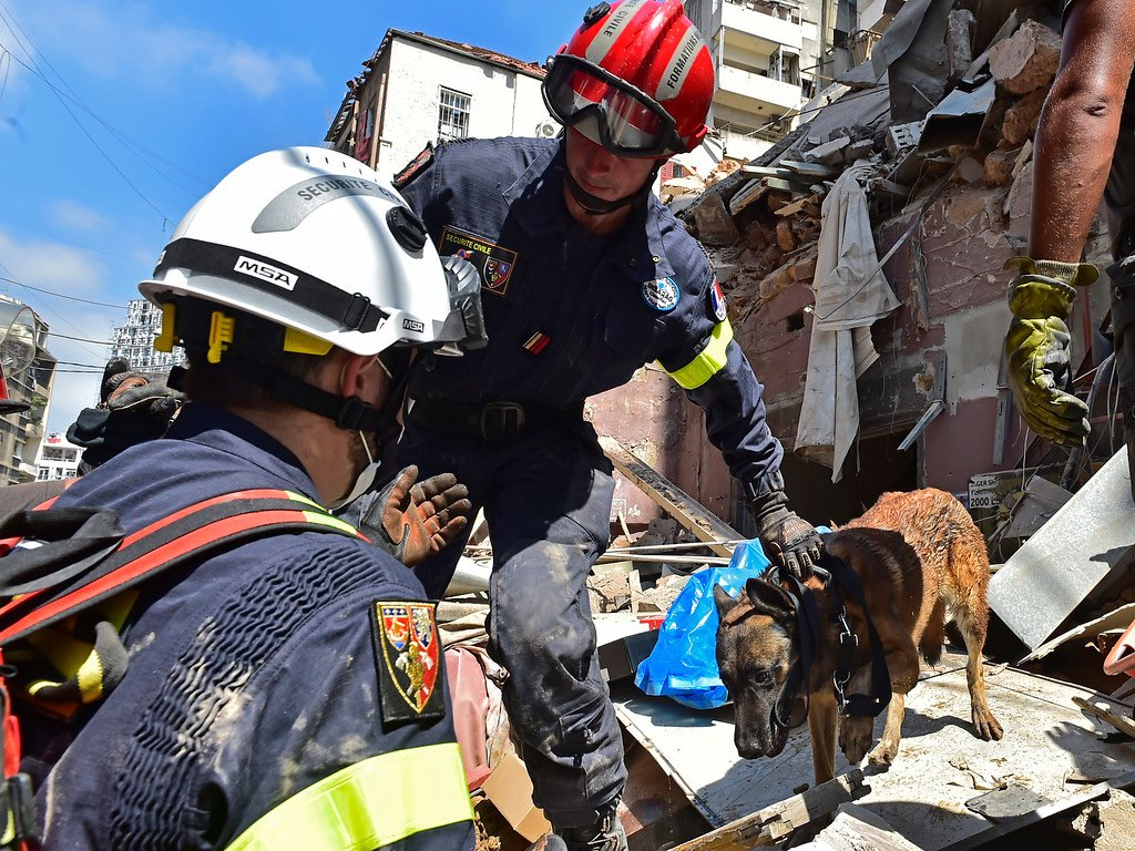 The @UN is supporting the Gov & people of Lebanon following Tuesdays horrific explosion. Medical supplies are being delivered, search & rescue teams are on the ground & psychological support provided to families. Our hearts remain with #Beirut. bit.ly/3fHIMCB