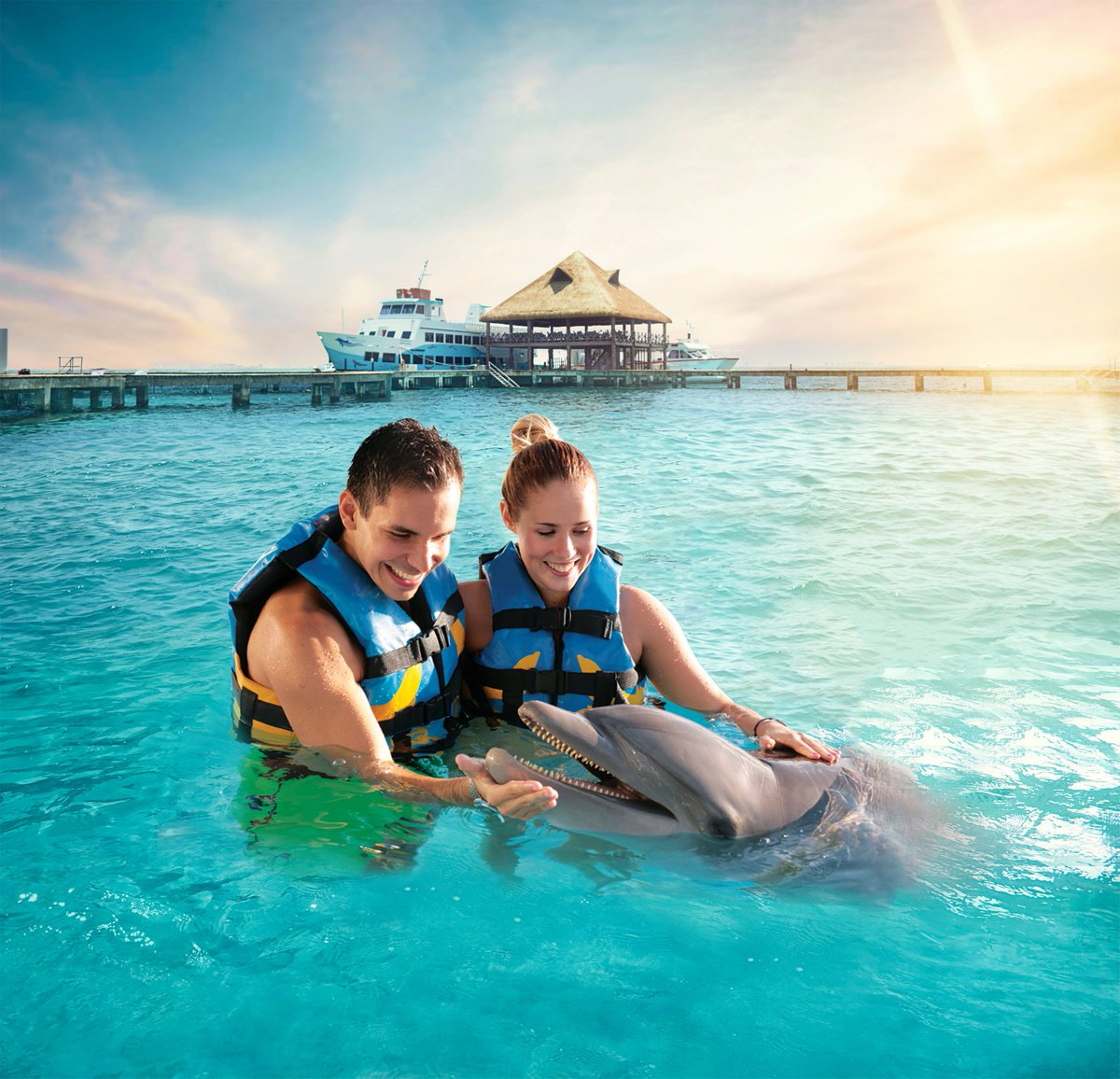 The Dolphin Cat is an amazing combo that includes snorkeling sailing and swimming with the dolphins . This tour is available from #Cancun and #RivieraMaya! Reserve here: https://bit.ly/dolphin_swim_cancun…pic.twitter.com/nNRw4YGkuo