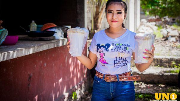 Quinceañera se quedó sin fiesta por la COVID-19 y decidió usar el dinero para ayudar a sus vecinos. https://t.co/h6TEDjSikO https://t.co/ZVF7LuPRY0
