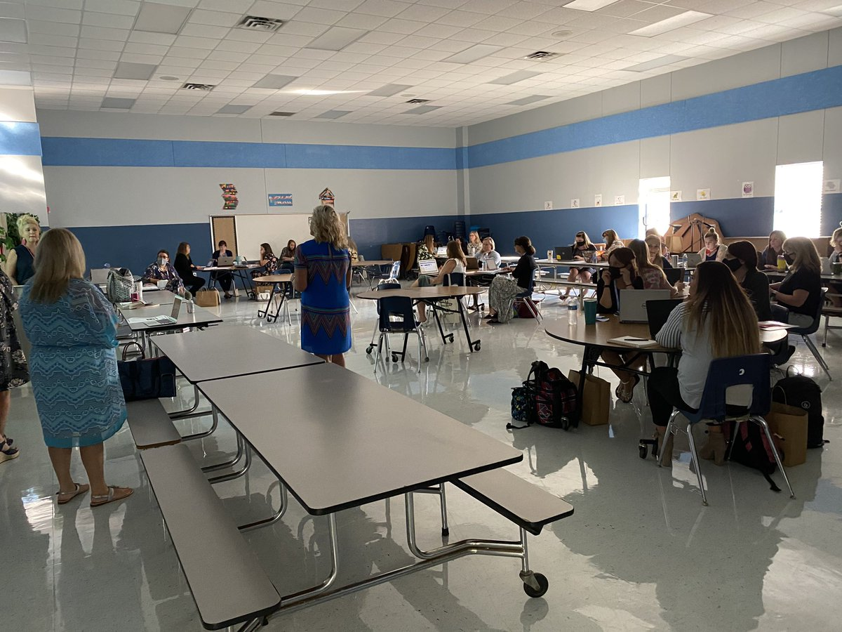 Loved meeting all of our new teachers today! 💙 @ChinaSpringES #ourWHY