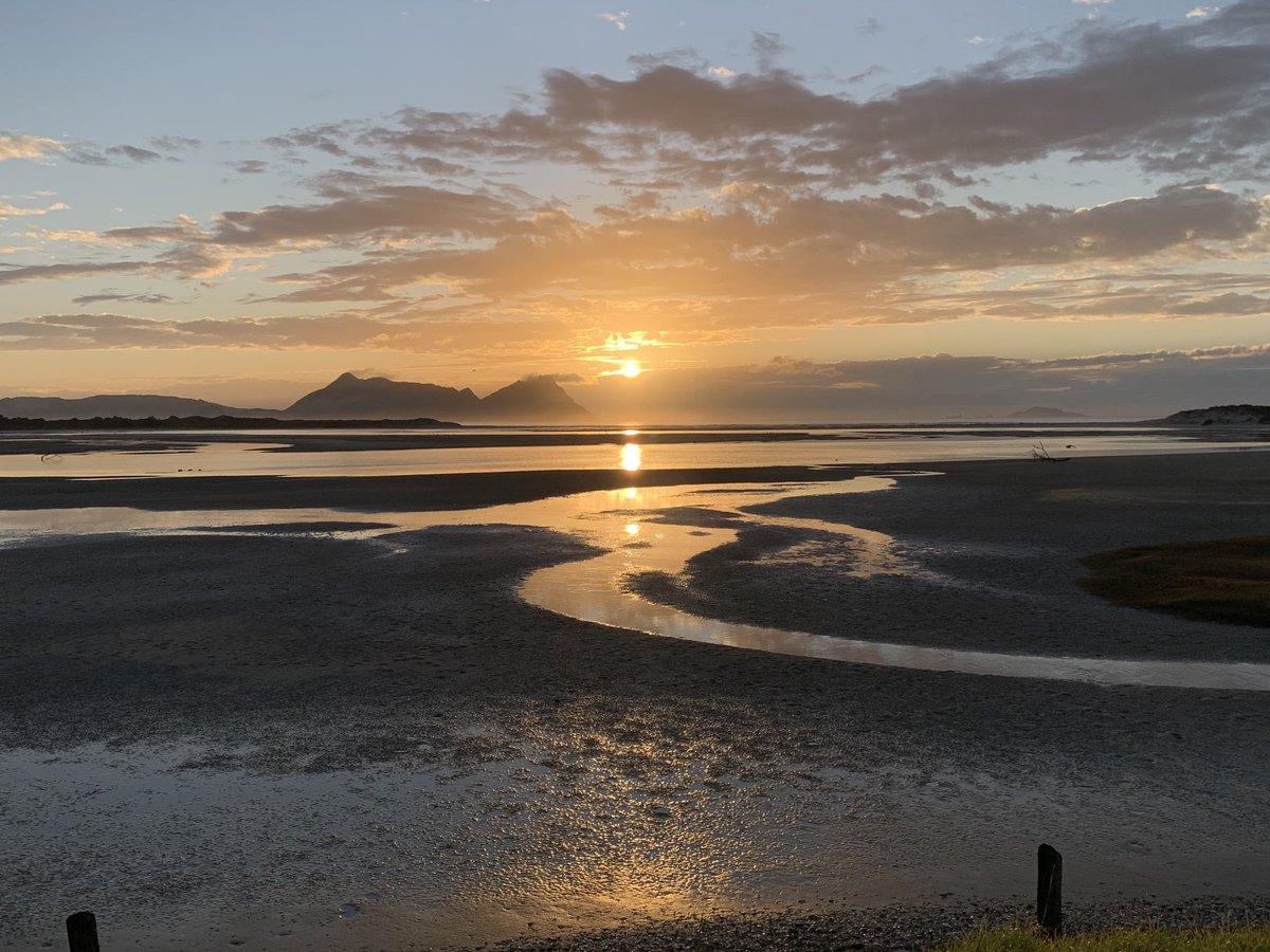 Sunrise at Ruakaka this morning :) #campervanningnz