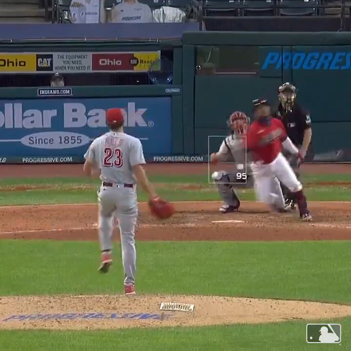 A HR from each side. 😱  Have a night, JRam. https://t.co/kBlAMAjwqs