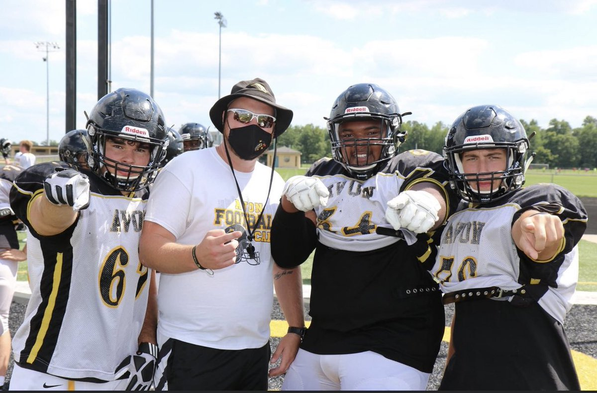 RT @bfisher54_: Year 4🤞🏾🐤 Ps: Your O-Line Coach can't compete with mine👀💯 https://t.co/wsAhORgKux