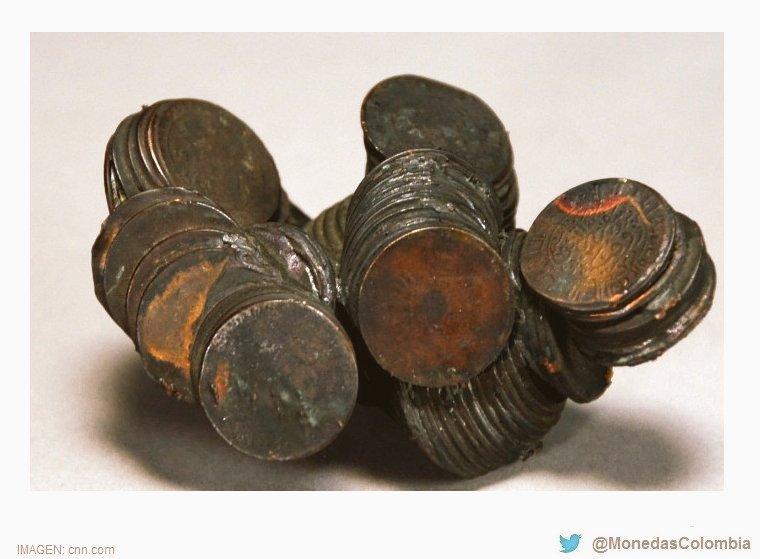 Monedas derretidas por el intenso calor luego del ataque atómico sobre #Hiroshima, Japón ocurrido #UnDíaComoHoy 6 de Agosto pero de 1945. https://t.co/9EplH2Ls1o
