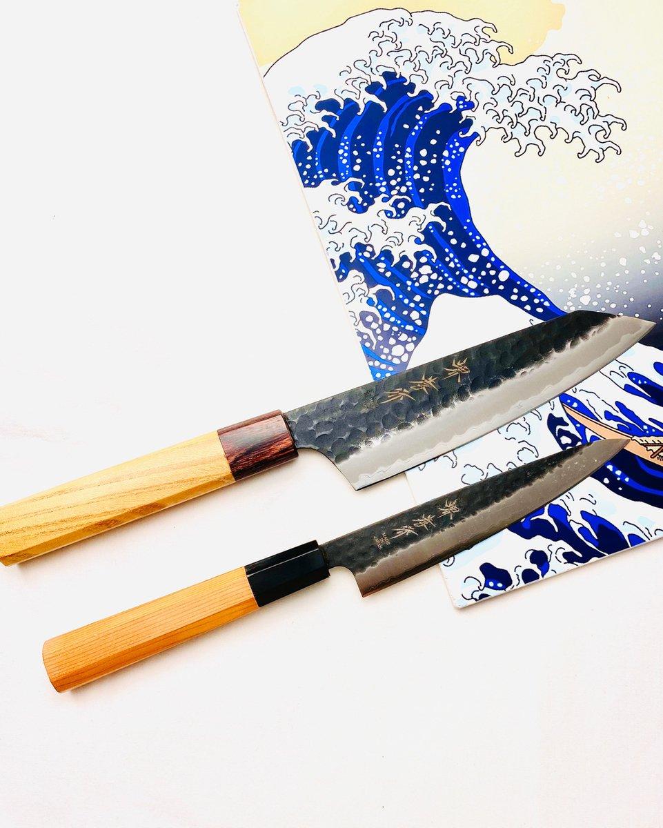 Kurouchi Hammered Finish Aogami Super Japanese kitchen knives. Very lightweight and extremely sharp!!!   #hasuseizo #sakaitakayuki #japaneseknife #chef #knifelovers #knifeporn  #highcarbonsteel #damascusknife #knifelife #sushi #sashimi #cooking #chef #cookingknives #knifeshop #knpic.twitter.com/0LCi5vbXO4