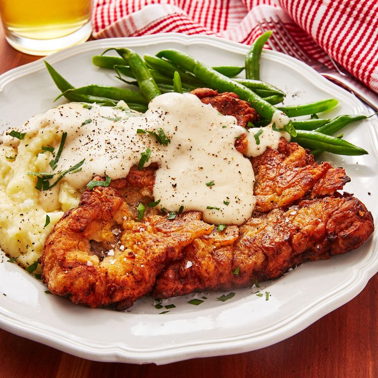 Velvety, rich gravy tops this tasty chicken fried steak dish off nicely. #dinnertime #goodfood  http://cpix.me/a/102451594pic.twitter.com/0rR7TKLIQo