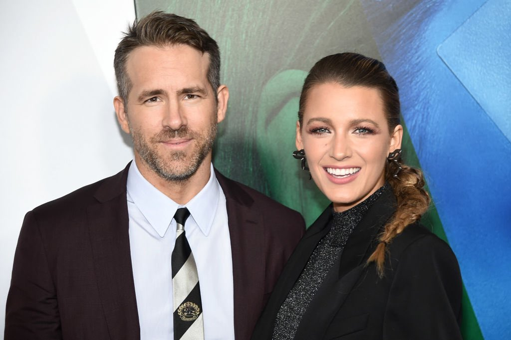 """Actor Ryan Reynolds married Blake Lively back in 2012 at a place called Boone Hall, which is a plantation in South Carolina. Reynolds has now gotten backlash for this, since it once had SLAVES, and he has apologized saying """"we'll always be deeply and unreservedly sorry!"""" 😂😂"""