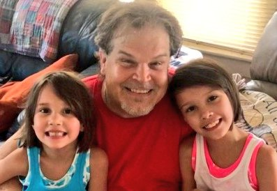 My granddaughters Avalyn Sky  and Alyson Rose call me  Grand-Dude#TrueStory  #Familylove pic.twitter.com/RbH78R9mx0