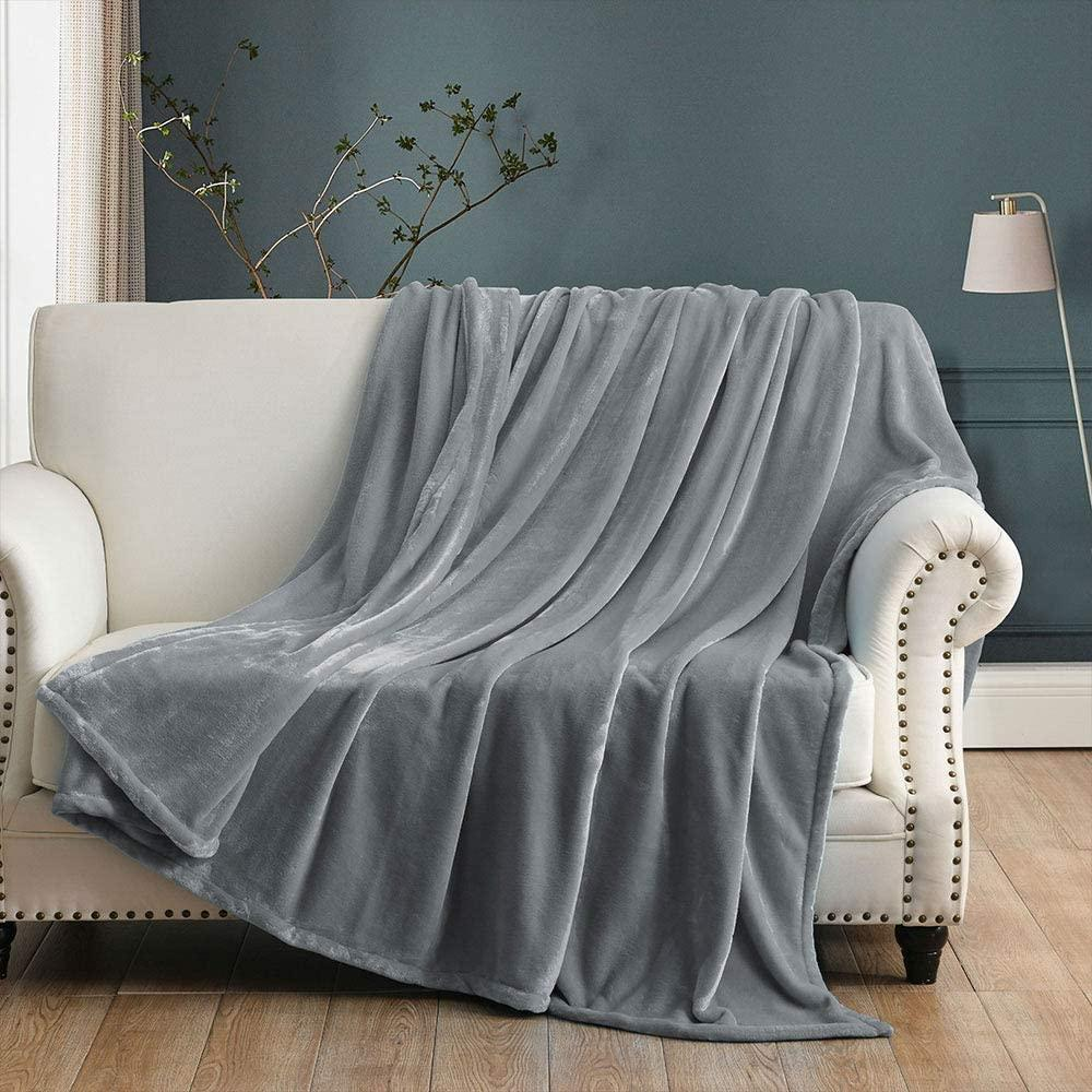 Check out this deal  65% OFF on Luxury Fleece Blankets  Price: $10.99 Link:    #ROTODEALS