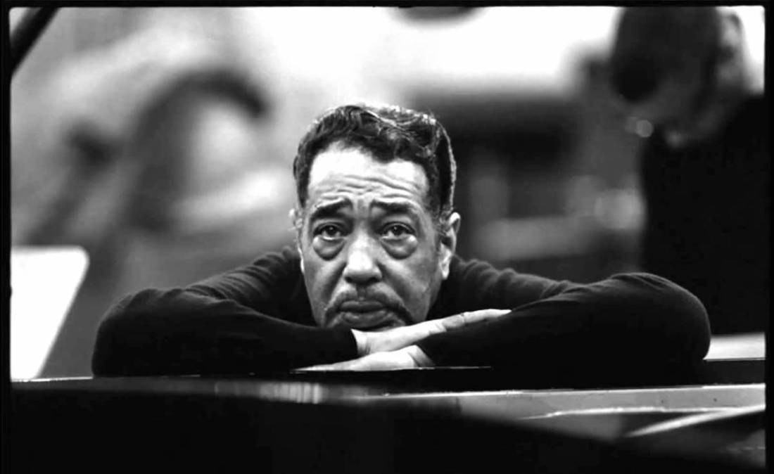 """There is nothing to keeping a band together.  You simply have to have a gimmick, and the gimmick I use is to pay them money!"" – Duke Ellington #musician #FridayThoughts  #WeekendWisdompic.twitter.com/gyRxCgXlzR"