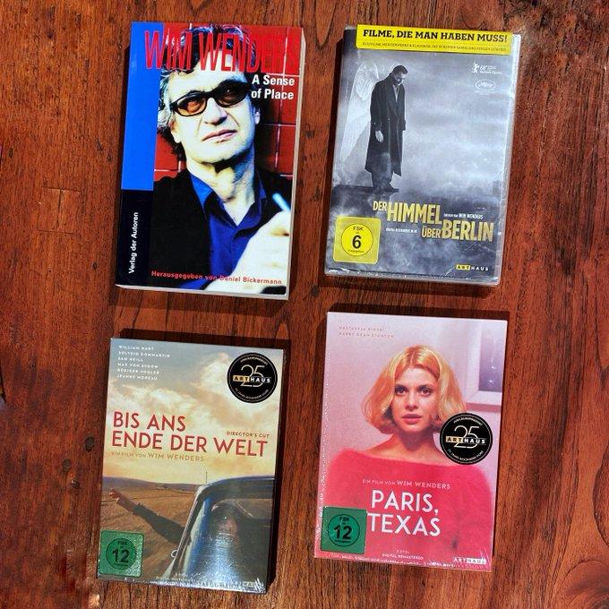 Happy Birthday, Wim Wenders! Wir gratulieren dem großartigen Filmemacher und Fotografen zu seinem 75. Geburtstag.