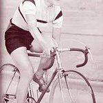 Image for the Tweet beginning: El ciclismo es un deporte