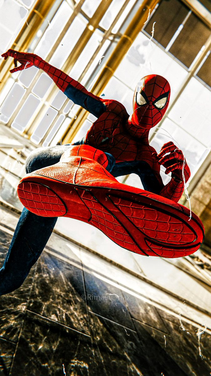 Mis primeras fotos en Spiderman :')  #VGPUnite #TCC #SVP #SpiderManPS4 #GamerGram #VirtualPhotography #PhotoMode #Gametography #SpiderManDay https://t.co/x2axAcmH0b