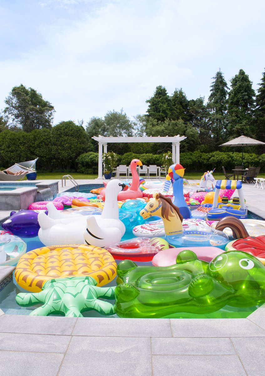 Floats, Toys, and Games! 🦢⛱️🦩  Great for pool parties or when you just want to laze in the water and relax! Our wide selection of quality pool toys and fun pool products are a must-have for the pool owner. 🙋🏻♂️ [https://t.co/xClpmsbFPT] #PoolSuppliesCanada  📸: @swimlinecorp https://t.co/gM9itpnFQH