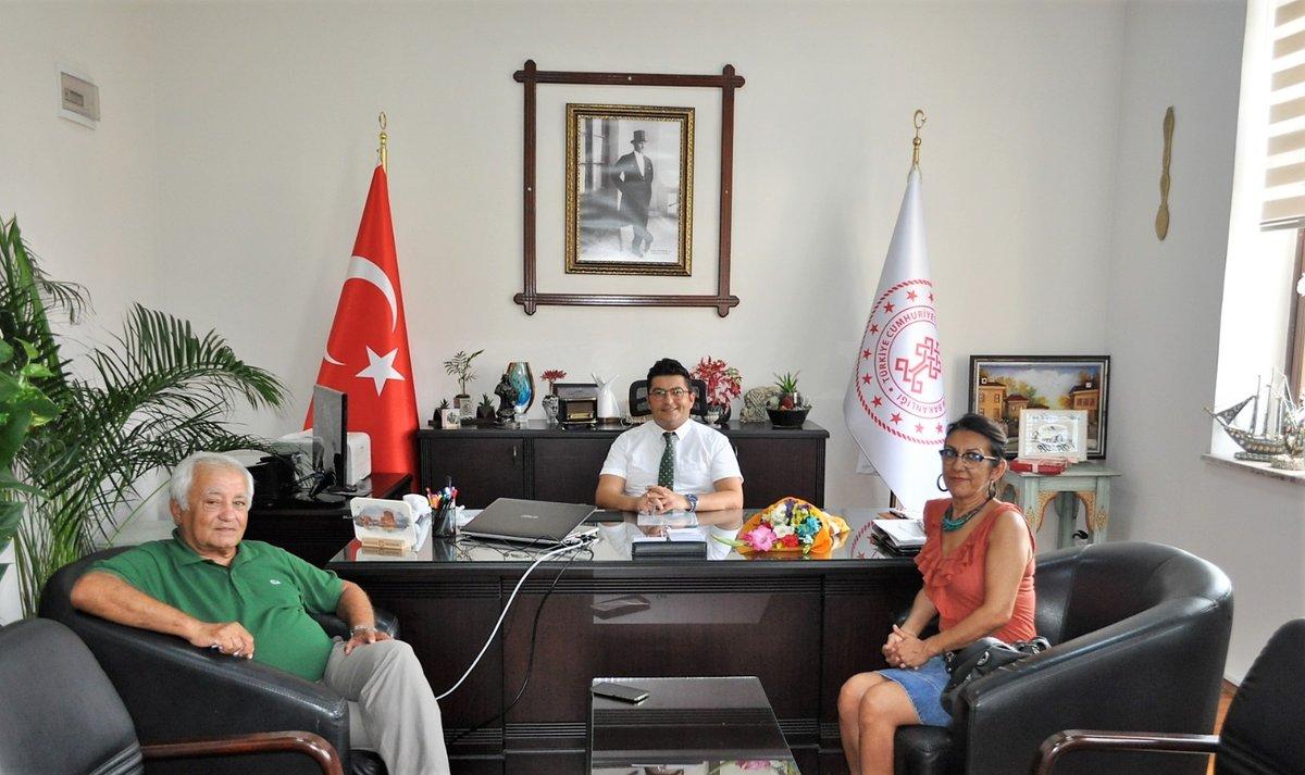 📌İSTSİDER Başkanı Sn.Sadık AVCI (@ahmetsadikavci) ve Narlıkuyu KTKGB Proje Müellifi Sn. @Yasemelc Müdürümüz Sn @emreduru33'yu ziyaret ederek birlikte koordine edilecek Silifke Bölgesi kültür ve turizm projeleri hakkında istişarelerde bulundular @MehmetNuriErsoy @lutfielvan https://t.co/Vk0hDCrIEs