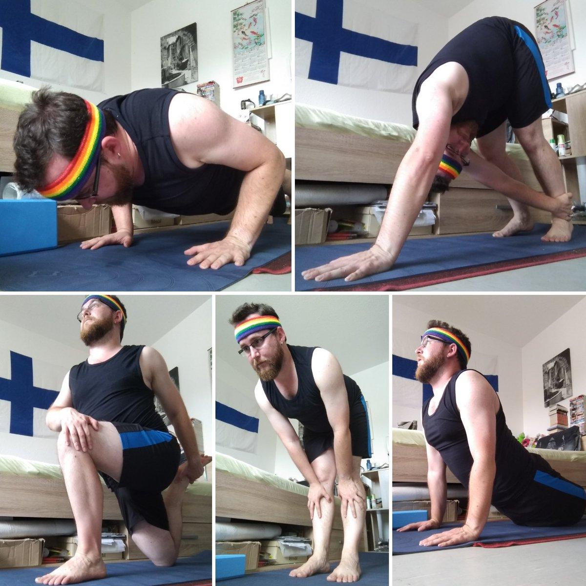 #yoga time with #spiceboy 😁  #summer #rainbow #asana https://t.co/9xanB0QioW