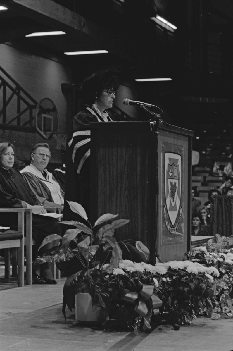 We're heading back to October 23, 1989 for today's #ThrowbackThursday, when Dr. Marsha Hanen delivered her inaugural speech at the Fall Convocation. Dr. Hanen served as #UWinnipeg's President and Vice-Chancellor from 1989 to 1999.   📷: @UWArchives https://t.co/CXYabEqh2U