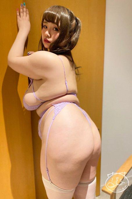 AV女優三苫うみのTwitter自撮りエロ画像4