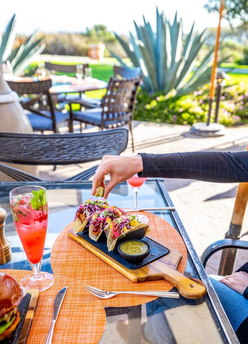 Add a zest of exquisite flavor to your getaway with outdoor dining. https://t.co/el5HBZF7Wz