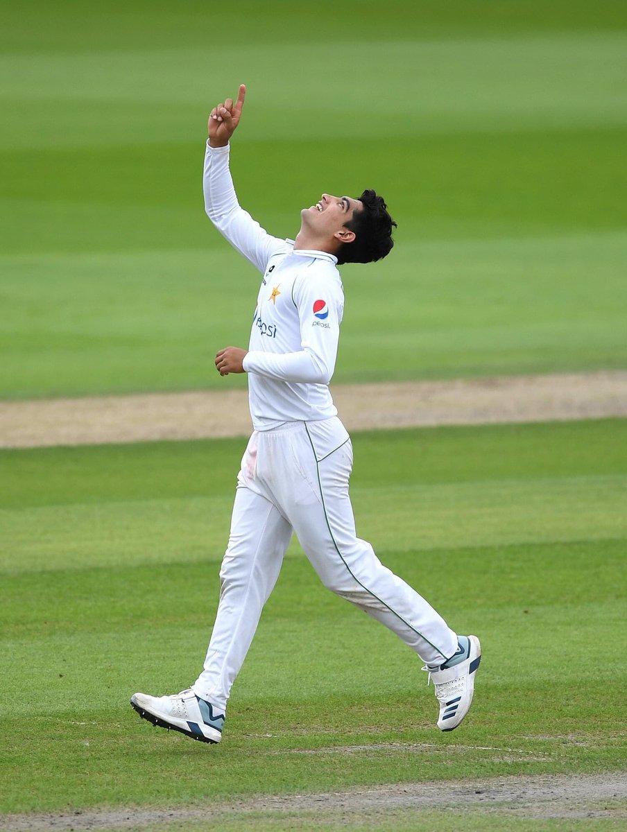 #GameDay 🔥🇵🇰🏴  💭 Thoughts on Pakistan's Playing XI❓  🏏 Third Test 🆚 @englandcricket  🕒 3:00 PM {PST} 📍 Southampton   #PAKvENG #PurpleForce https://t.co/2pVf1a8iyo