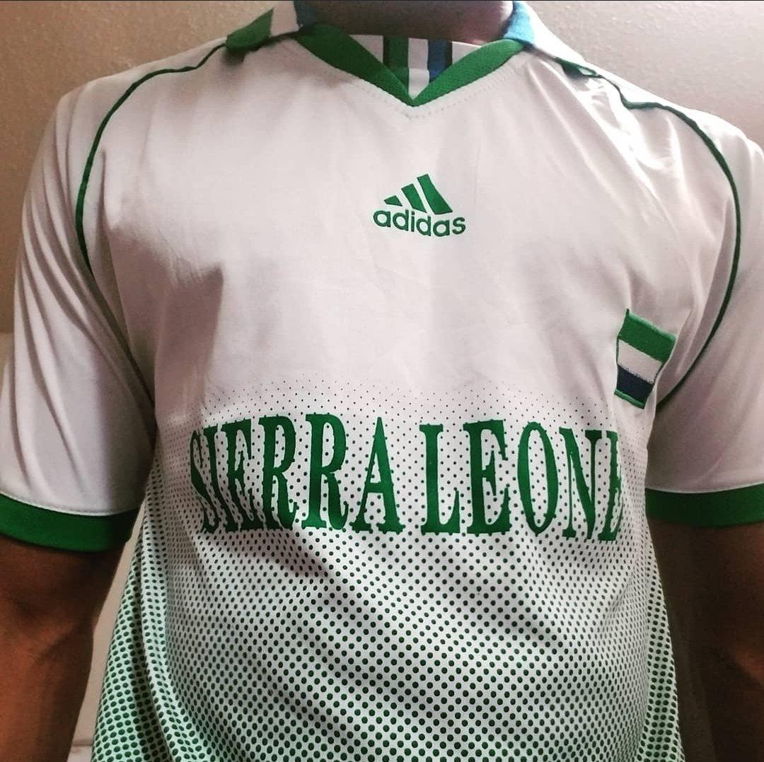 Who's reppin' the home team today?✌🏾⚽   #IRepSalone 🇸🇱 #AllDay #Everyday #TeamDiamond 💎 #LeoneStars #Football #Soccer #Jersey #Adidas #SierraLeone #ILoveSierraLeone #SierraLeonean #SierraLeoneToTheTop #SierraLeoneansKillingIt #ShineBrightLikeADiamond #DiamondsAre4Ever https://t.co/Rlce4AerYC