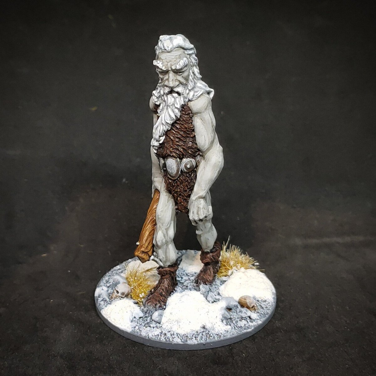 A classic Frost Giant for #frostgrave and #ofgodsandmortals. An unbeatable #oldhammer sculpt by Tom Meir for #ralpartha https://t.co/CJ9wmteHPV