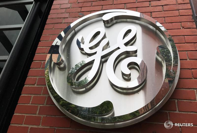 Larry Culp was brought in as the boss of GE to sweep away some bad old habits. A new equity award does the opposite, writes @johnsfoley. https://t.co/24dW2gehcO https://t.co/Mp54wKUcP9