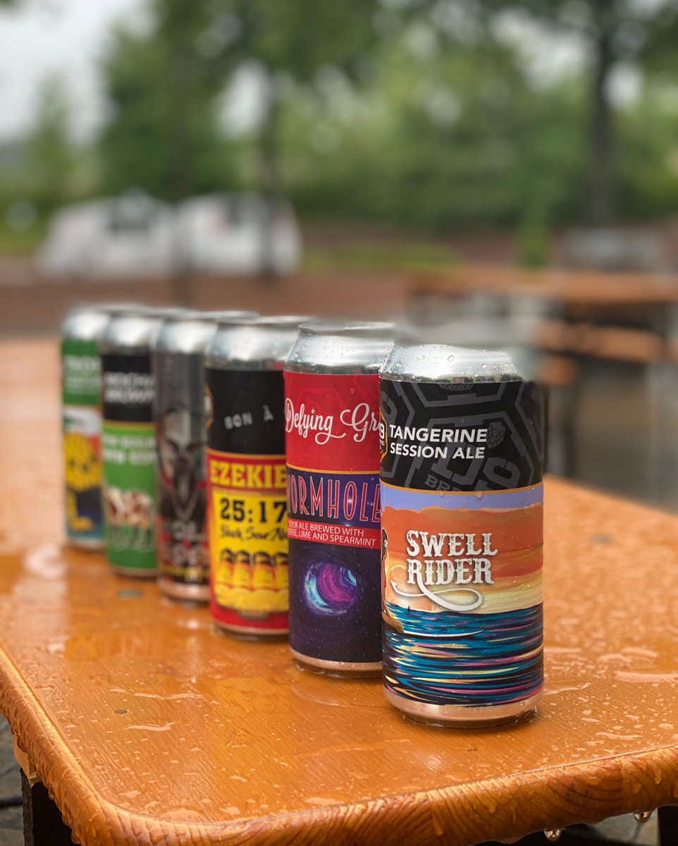 Have you picked your weekend line-up yet? 🍻 🍻  . . #d9brewing #unquestionablyoriginal #testyourtaste #CLTbeer #NCbeer #d9brewinglakenorman #d9brewinglkn #d9brewinguptowncharlotte #d9brewinguptownclt #ncbeerpride #nccraftbeer #independentbeer #drinklocalbeer #beerfromhere https://t.co/7IpVwVXAQK