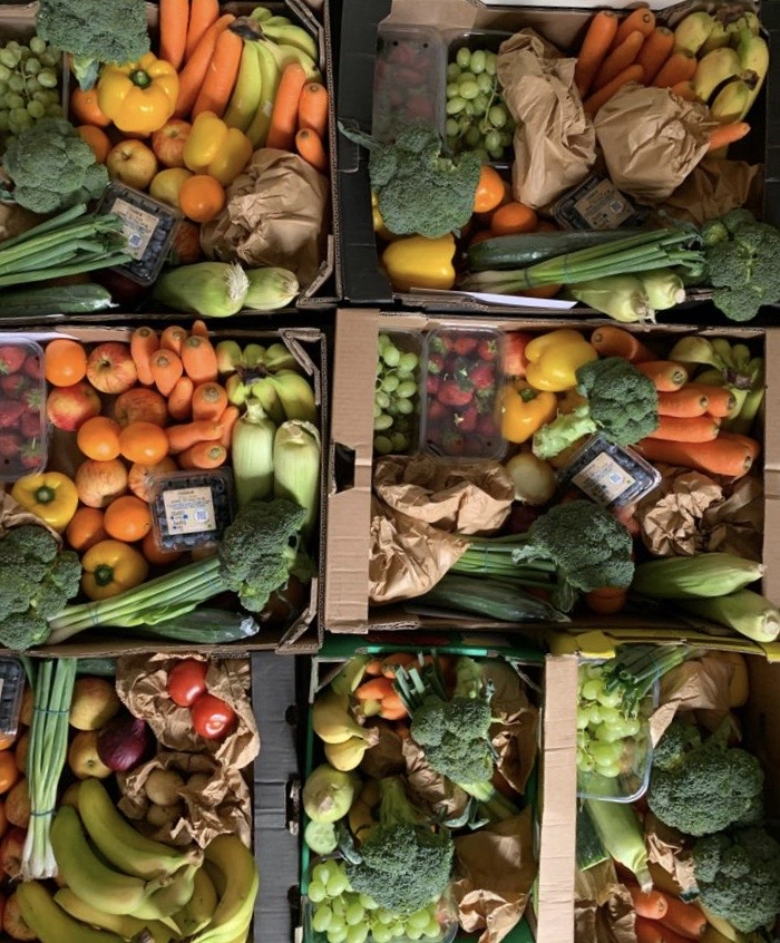 Been another busy day delivering boxes. Thanks for the orders guys 🍎🍐🍊🍒🍍🥒 #Northwich #Warrington #fruitboxes #fruit #veg https://t.co/KzRId0L1Dm
