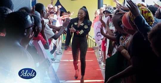 The Beautiful @DJZinhle joined the show Today @IdolsSA 💃💃💃💃💃💃💃💃💃💃💃💃💃💃💃 You know what God love us all #Zeenation okwakobani nje ukuthi njalo uma uvula u198 uzobona uZinhle ❤❤❤❤❤❤ You know what I'm over the moon 🙌🙌🙌 Jesus Thank you 🙏 Number 1 Female DJ 🥰 https://t.co/2hlv9gV9uw