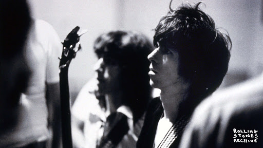 "Hear a previously unreleased #TheRollingStones track with #JimmyPage from their forthcoming multi-format release of their 1973 classic ""Goats Head Soup""!   http://ow.ly/zNVG30r01Zs   * Web stories are powered by @DailyHiveVan pic.twitter.com/nPIH8ph1LF"