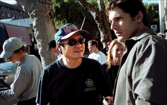 Happy birthday  Here s a cool behind the scenes photo of Ang Lee and Eric Bana on the set of the Hulk.