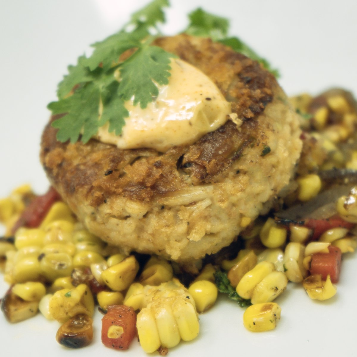 Keep Calm And Crab On  Pan Seared Crab Cake - Maryland Crabcake Seared In Cast Iron Skillet and Served w/ Southwest Roasted Corn Ragu, Fresh Cilantro, & an Old Bar Remoulade : Fahrenheit 760  #flavorism #marylandcrabcakes #maryland #crabcakes #crab #stamfordct #greenwichctpic.twitter.com/AtsRzVHY12