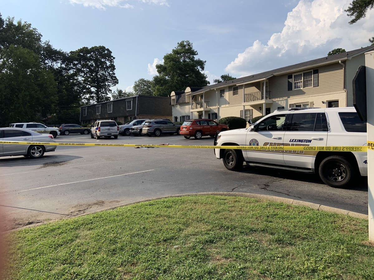 Two deputies injured after exchange of gunfire with man in Woodland Village apartments.  All three were transported with gunshot wounds.  Deputies were responding to a domestic call at a Cottonwood Lane unit. Per policy, SLED is investigating the shooting incident. #LCSDnews https://t.co/M83BPq8edo